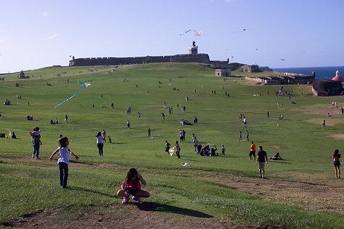 Kite flying at El Moro