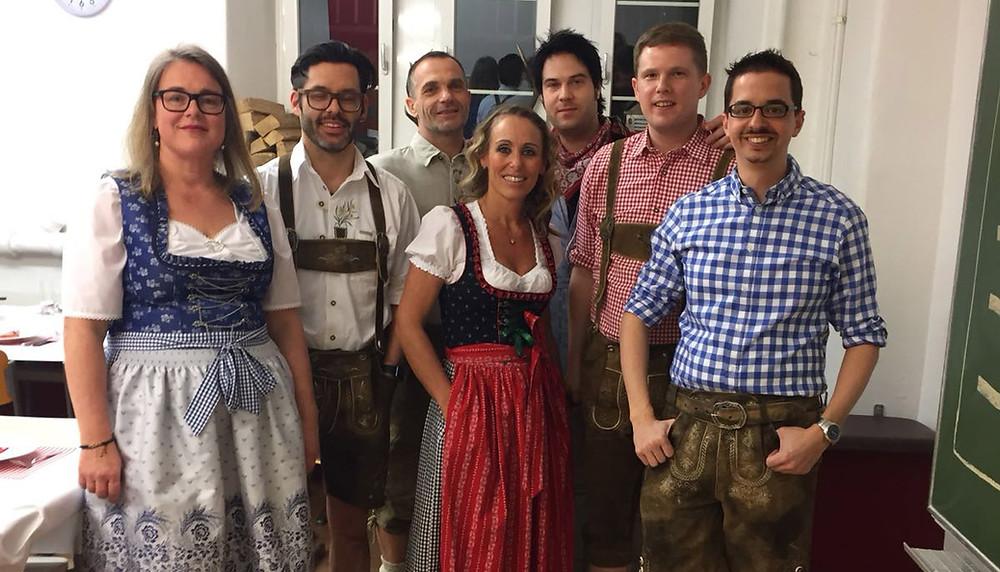 Das Team in Hütten-Stimmung.