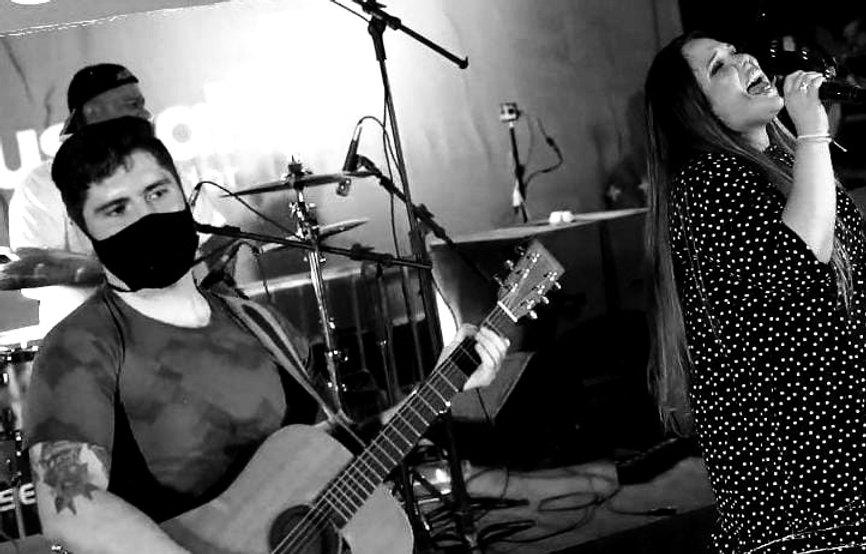 banda-saturnina-mia-blun-festival-df-musical-show-ibeti-cultura-brasilia-rock_edited.jpg