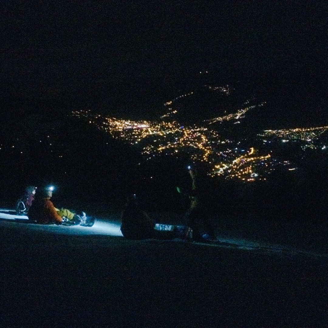 Evening splitboard session