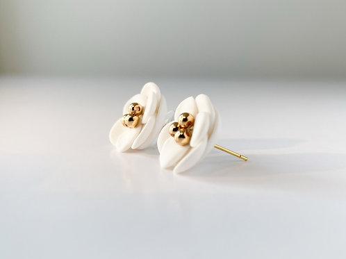 Surgical metal / silver women's earrings FLOWERS