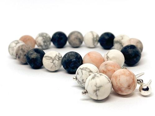 "Natural Howlite, Delmantite Stone Bead Bracelet""Vėjas"""