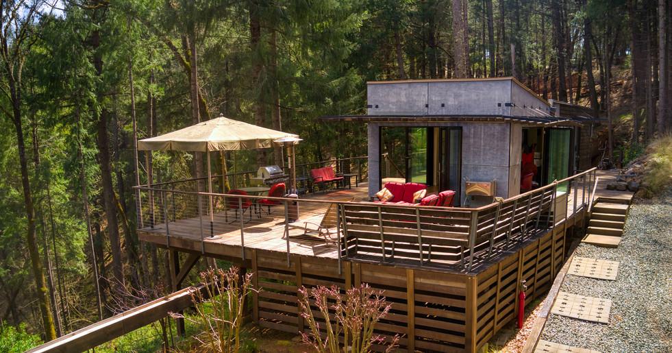 PropLogicMediaLLC_Off Grid Airbnb_14.jpg