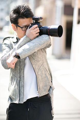 プロカメラマン