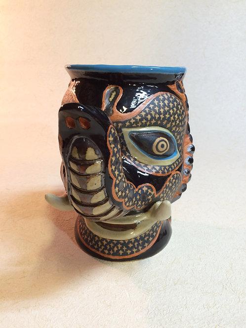 黒象紋様鉢