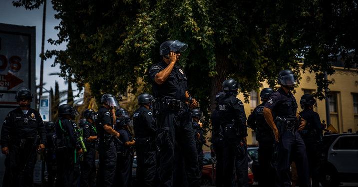 lots of cops 2.jpg