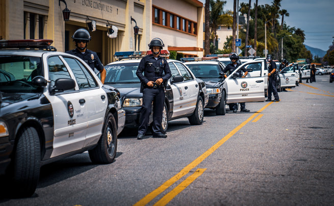 lots of cops 1.jpg