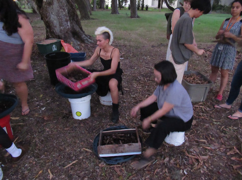 Teaching and sifting w Ringling youth.JP