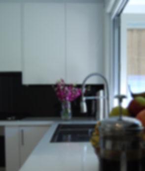 12-Side-view-kitchen.jpg