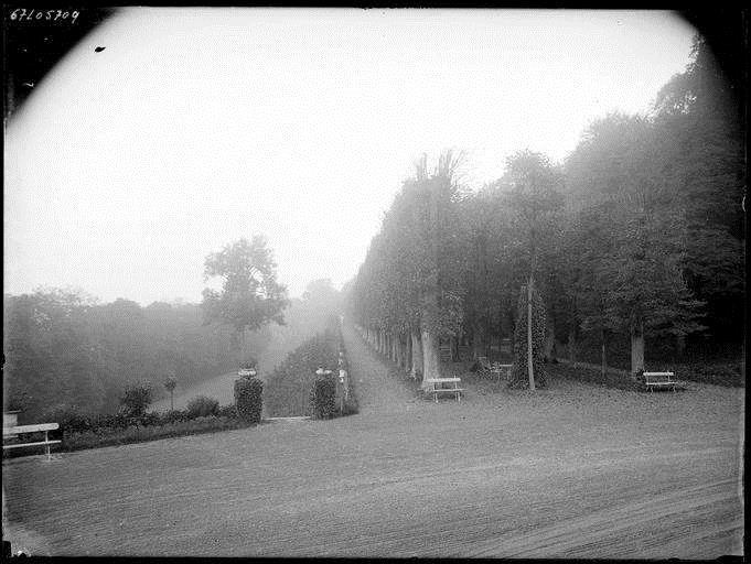Parc du Château vers 1900-1920