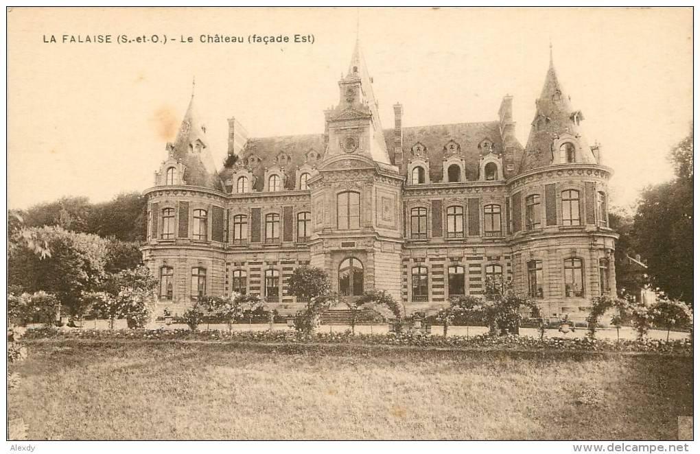 Façade Est du Château de La Falaise