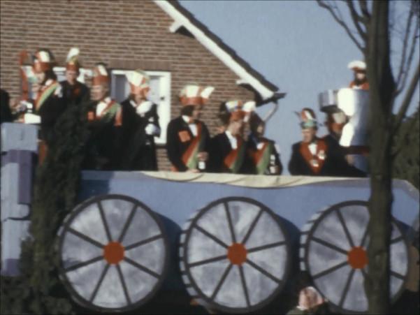 Carnaval 1975 | Optocht