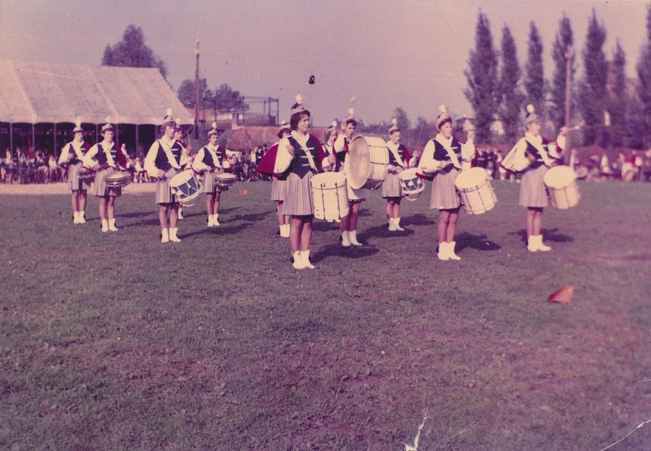 15 oktober 1963 | Lof der jury voor damesdrumband