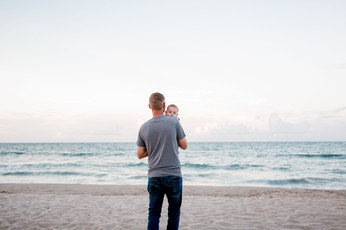 Engagement session on the beach