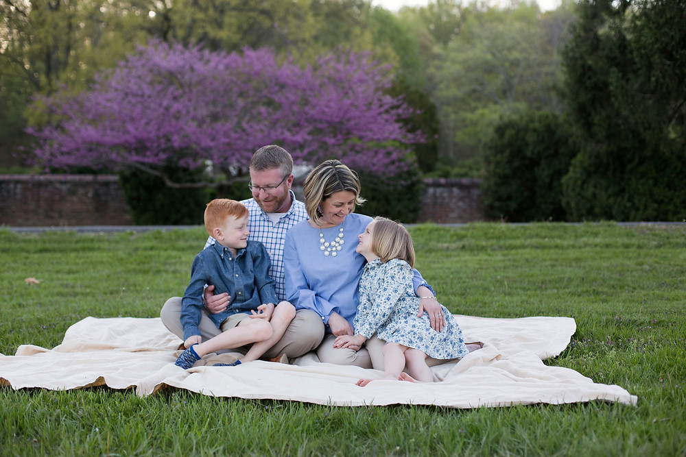 Family session at Morven Park