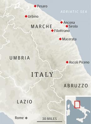 La regione Marche si trova al centro dell'Italia, sul lato est della Toscana e dell'Umbria
