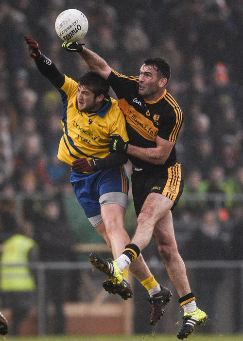 (Source: Extra.ie) Ambrose O'Donovan breaks the ball for Dr. Crokes.