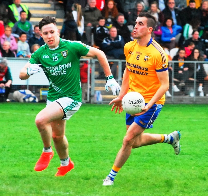 (Source: Leitrim Observer) Paddy Maguire starts an attack for Glencar.