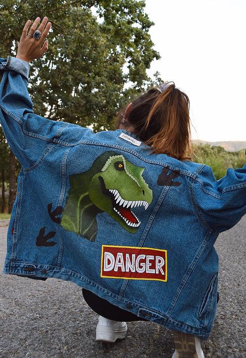 Cazadora vaquera Danger dinosaur