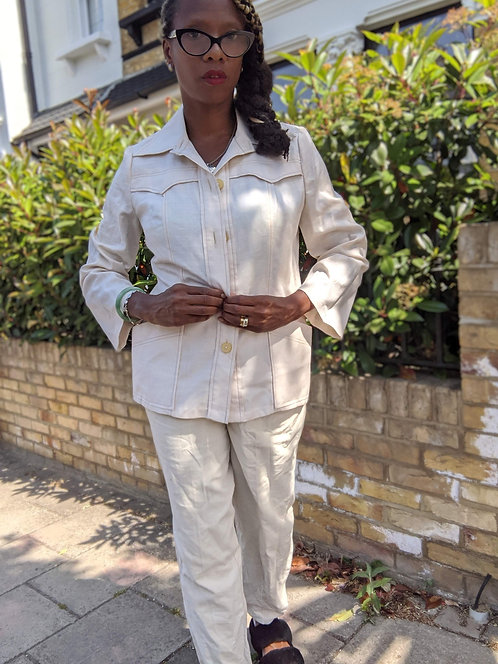 chic 1970s cream dagger collar safari jacket