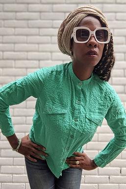 vintage green sheersucker shirt S M