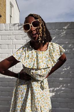 vintage 70s Cape collar floral print summer dress UK 10 12