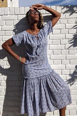 vintage 1970s Laura Ashley floral print dress