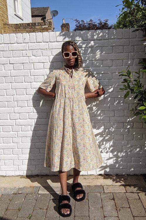 lovely vintage 70s Liberty's Print silk dress