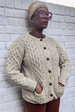Cool Vintage cream Cable knit cardigan D