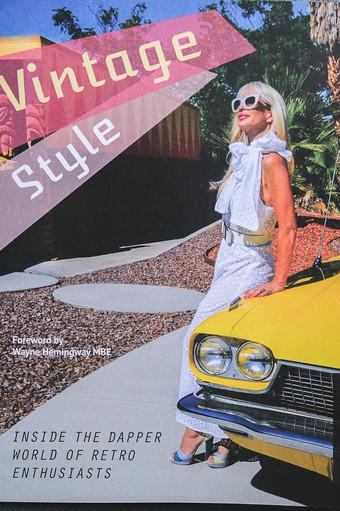 Vintage Style - Zoey Goto