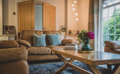 Deall Living Room