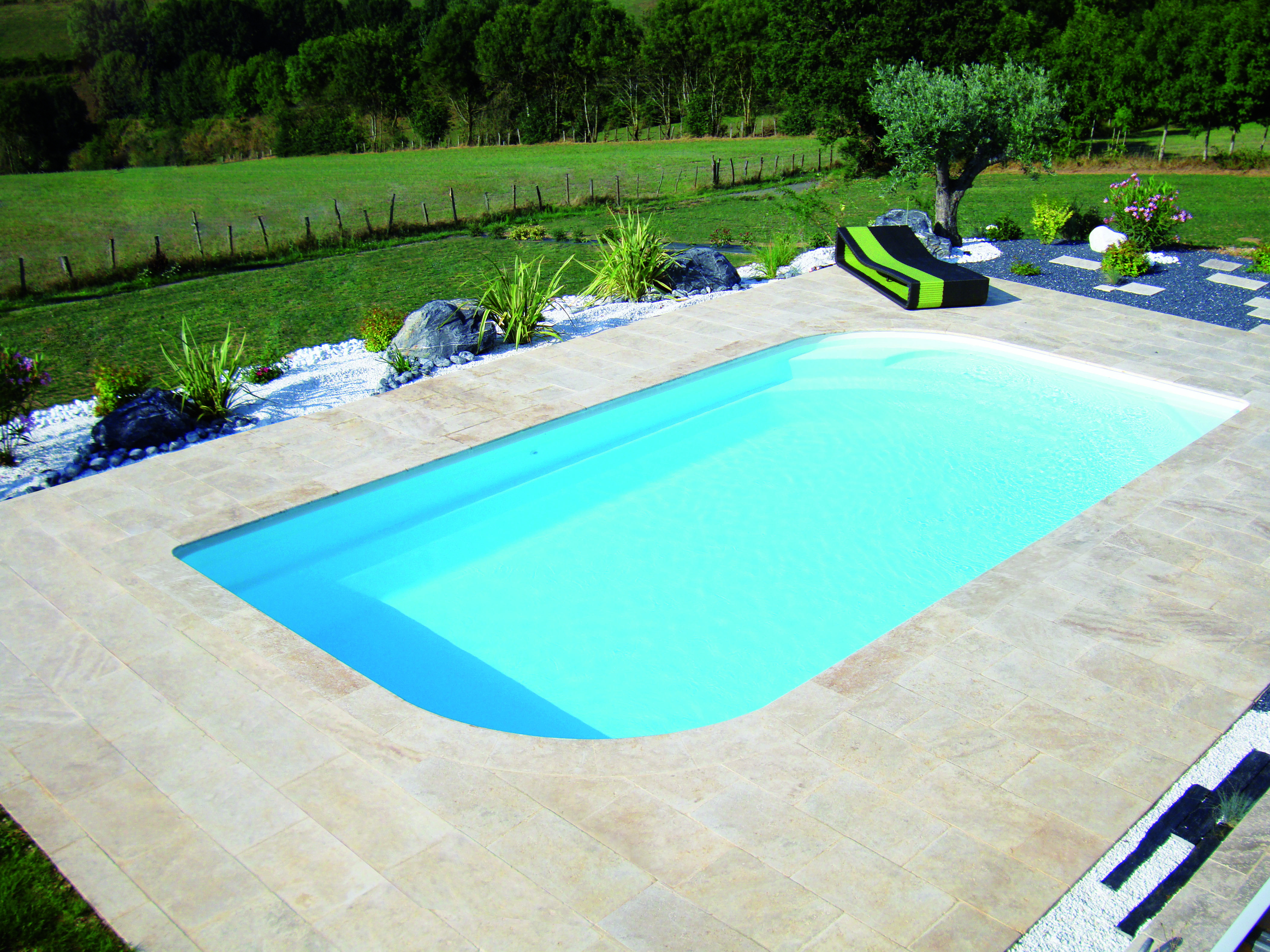 concerto-80-blanche-excel-piscines