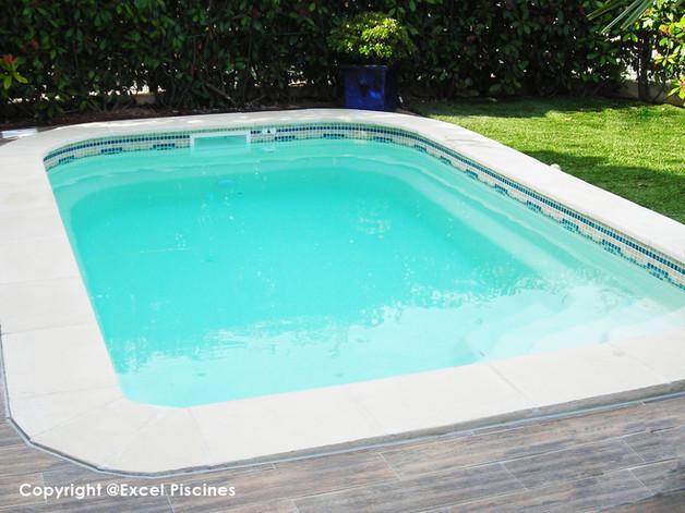 piscine-en-coque-excel-piscines.jpg