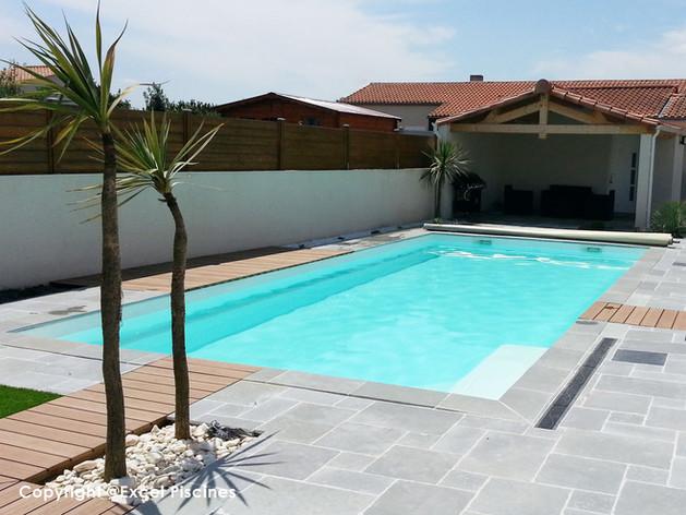 piscine-coque-rectangulaire.jpg