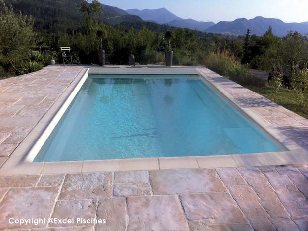 coques-piscines.jpg