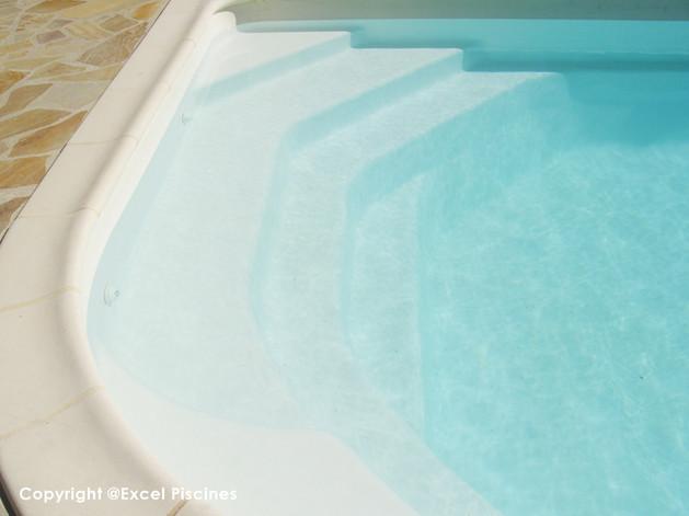piscine-coque-pas-cher.jpg