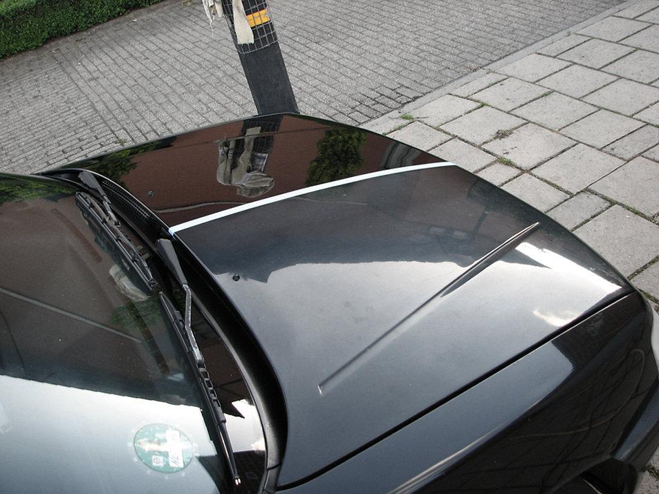 Motorkap-Peugeot-helft geplijste unilak