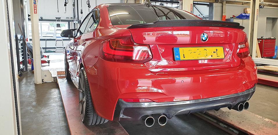 BMW-rood-achter-na-polijsten-openingsfoto-Aljan.jpg
