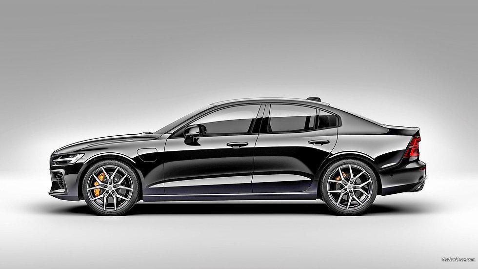 Volvo-s60-zwart-zijkant-linksBEWERKT.jpg