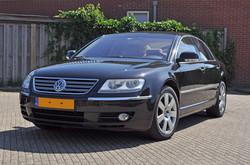 VW Phaeton voor het polijsten