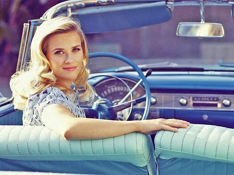 0. Reese-in-oude-cabriolet 395 KB.jpg