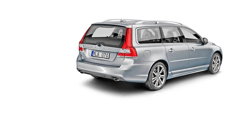 Volvo-V70-2.5-T-zilvergrijs-metallic-ach
