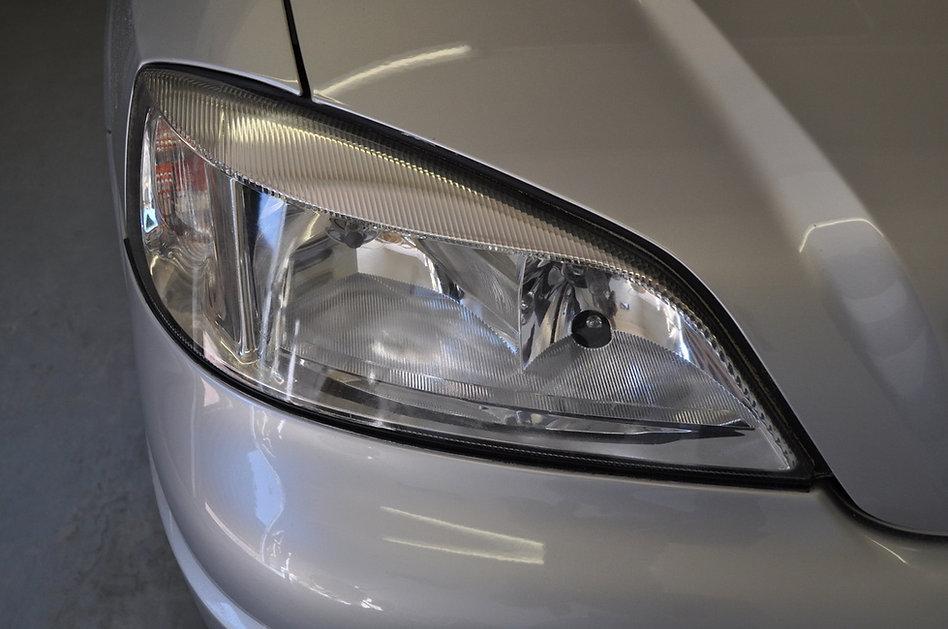 Koplamp Opel astra helder na het polijst