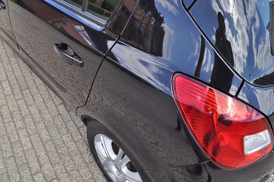 Achterspatbord-met-deurgreep-Opel-Corsa-