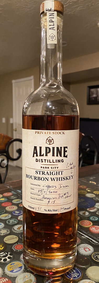 Alpine Straight Bourbon Whiskey.HEIC