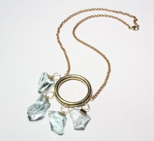 HANGING NECKLACE