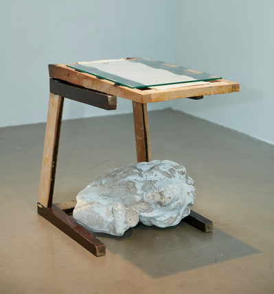 WEIGHTED SIDE TABLE