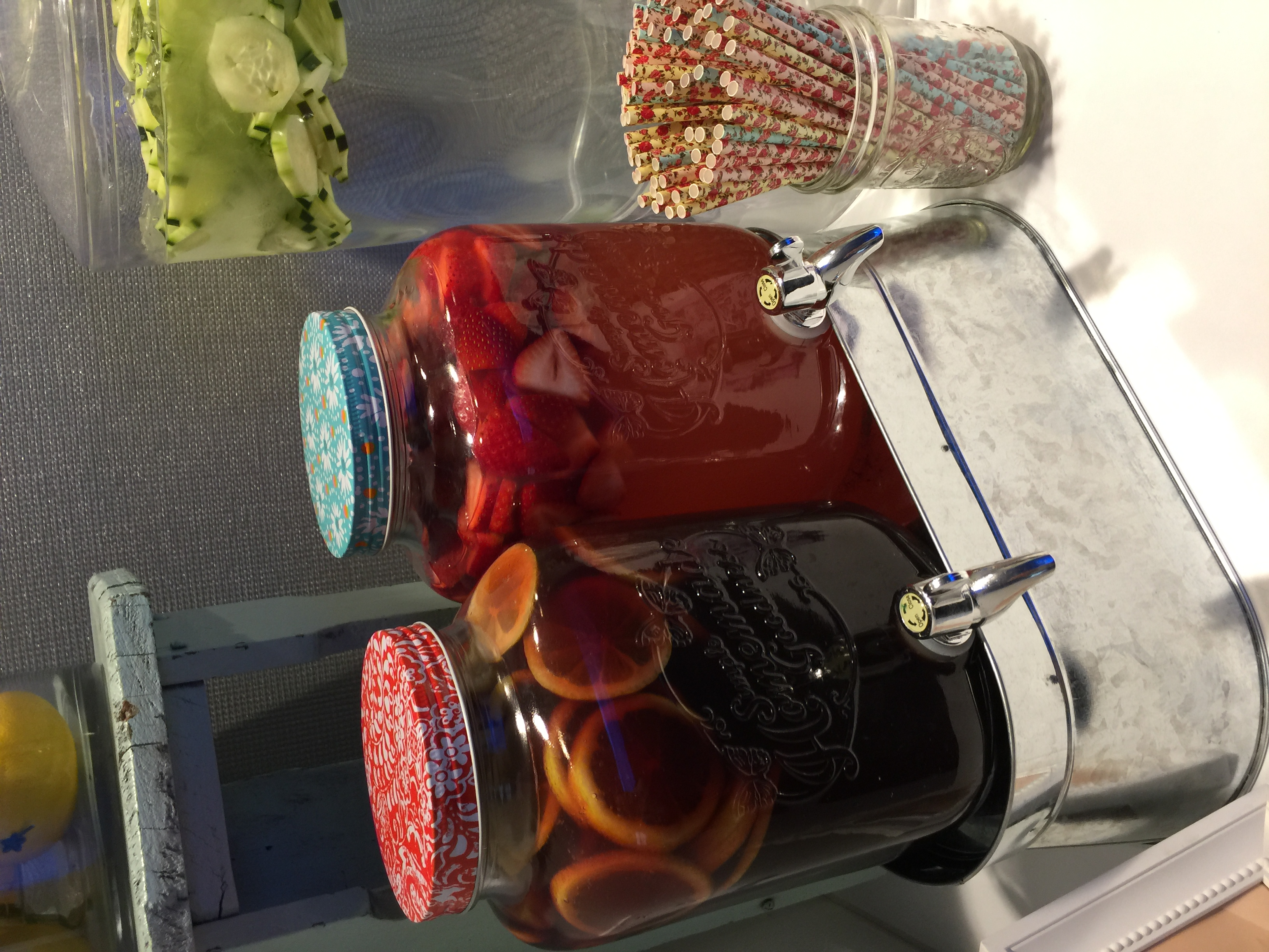 Iced Tea & Strawberry Lemonade
