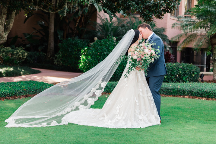 Nicole + Ryan Luxury Wedding In Isleworth Golf & Country Club
