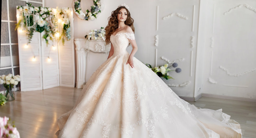 Fashion%2520bride%2520in%2520gorgeous%25
